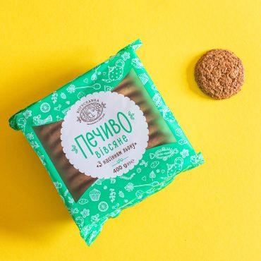 Classic oatmeal cookies with flax seeds tm Boguslavna